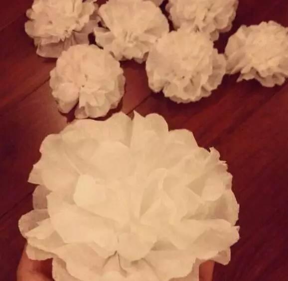 清明节快到了,可以试试亲手折纸花!
