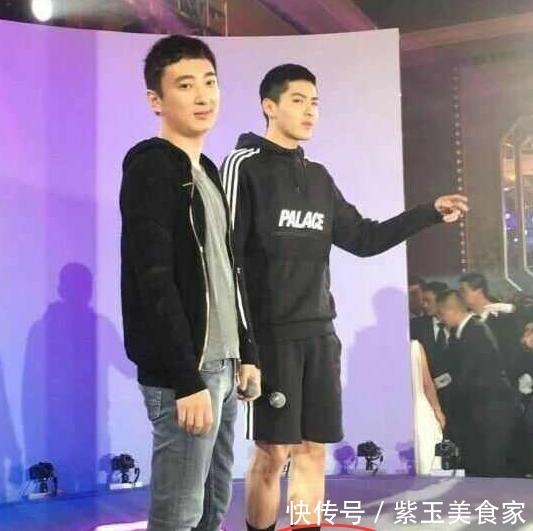 """<b>上海""""回力""""又出一新款:叫""""开车鞋"""",满大街都穿,回忆回力</b>"""