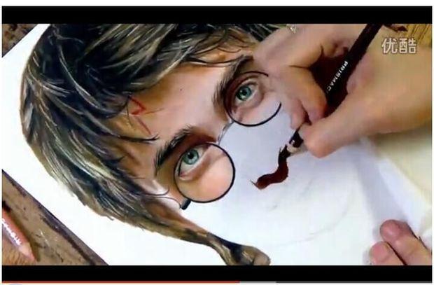牛人手绘 超写实肖像手绘用的是什么牌子的彩铅