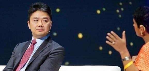 退出京东系,离开刘强东后,章泽天新身份让百万粉丝沸腾!