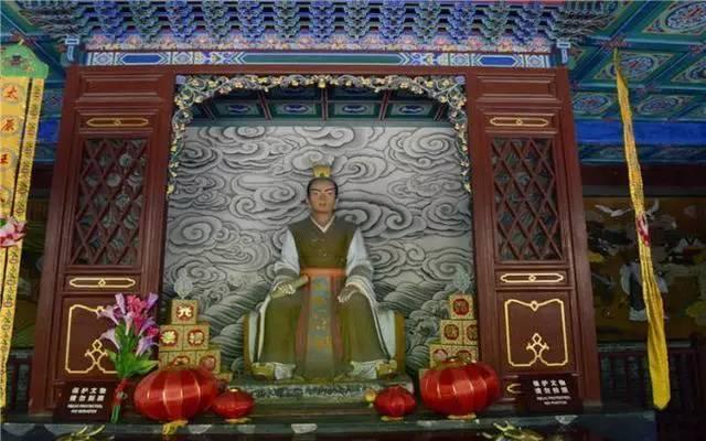 中国历史上从未衰落的八大家族,有你家吗? - 草根花农 - 得之淡然、失之泰然、顺其自然、争其必然
