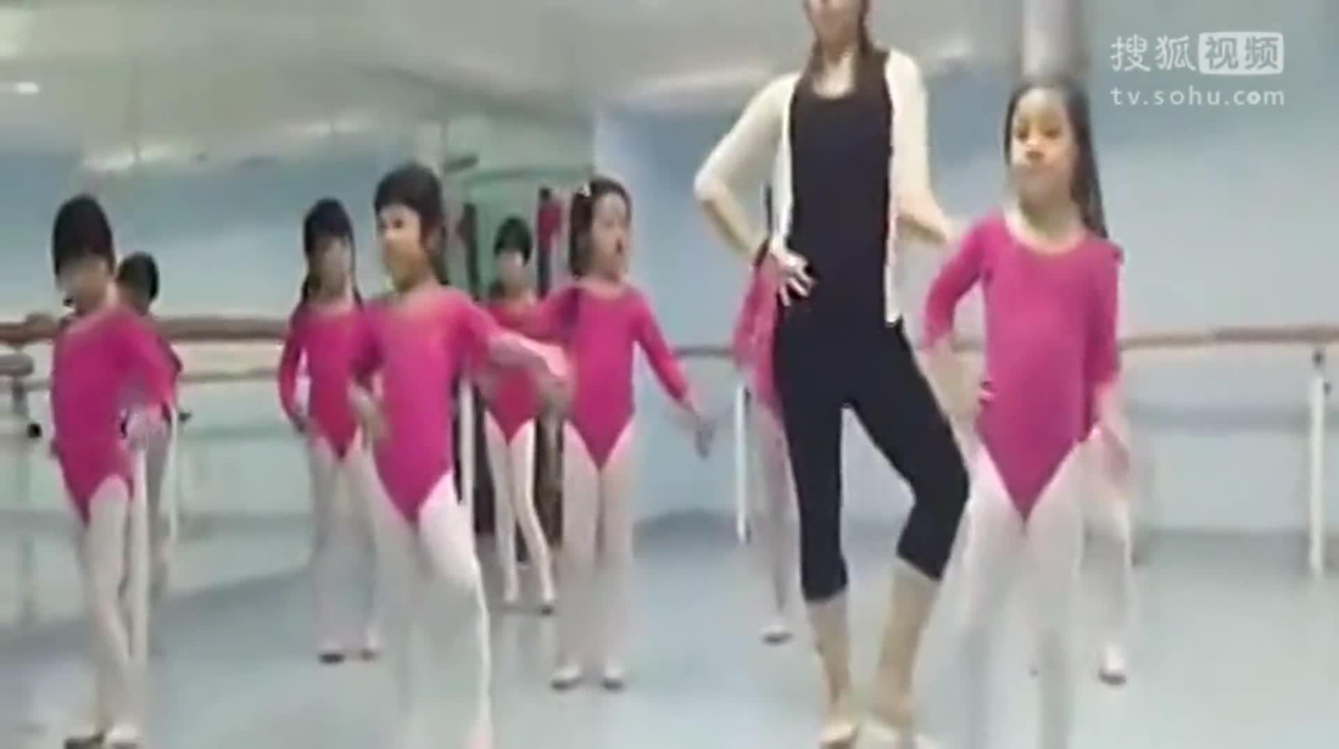 小苹果儿童舞蹈视频免费下载