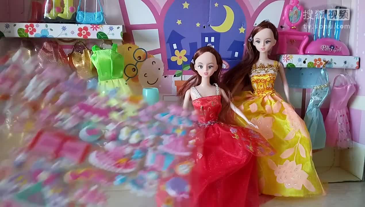 芭比公主之女孩喜欢的玩具芭比娃娃换装游戏过家家4