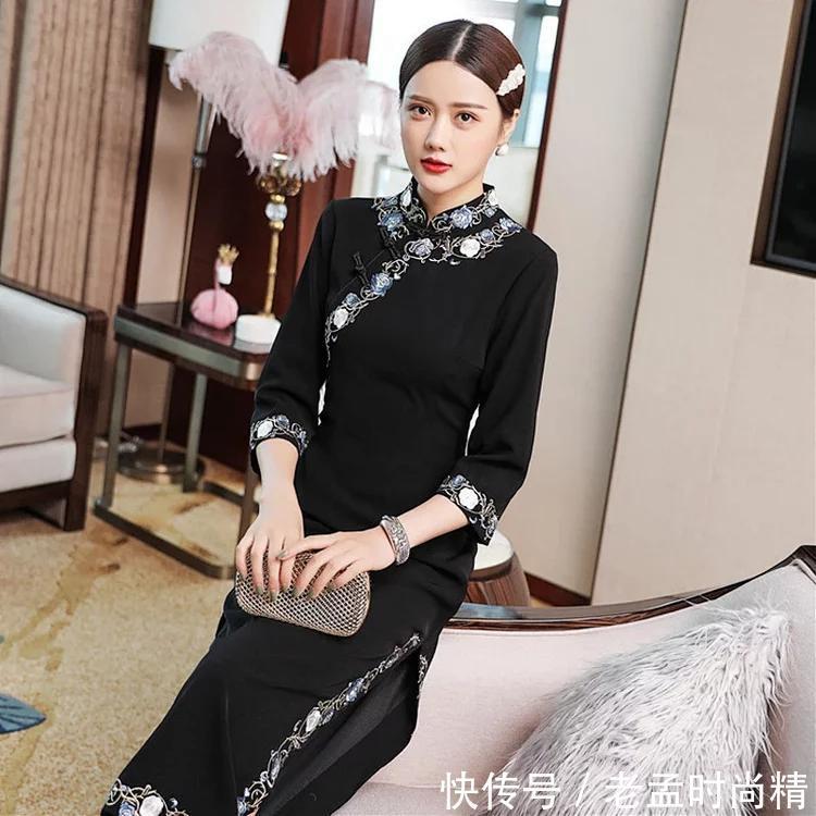看起来瘦瘦的, 摸起来肉肉的女性穿旗袍最好看!