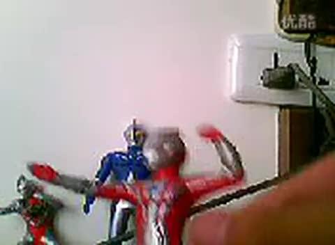 玩具视频戴拿 奥特曼飞机