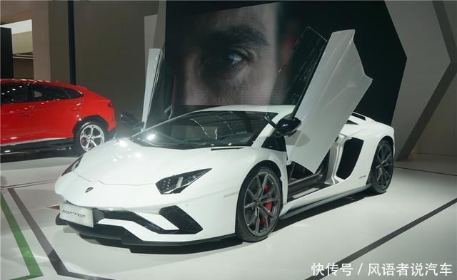 600万的兰博基尼头牌车型,外观仿隐形战机,剪刀门一开很亮