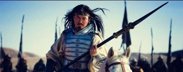 白马之战颜良三败曹军大将,曹操请关羽出手,难道曹军没人了吗