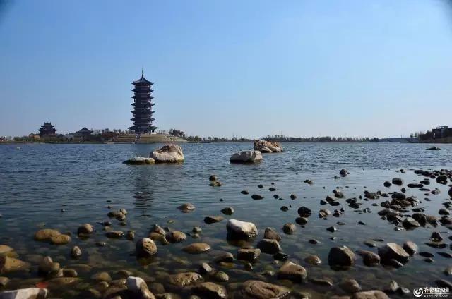 旅游推荐 艾山风景区 ▽ ▽ ▽ ▽ ▽ ▽ 胶州少海湿地 ▽ 胶州大