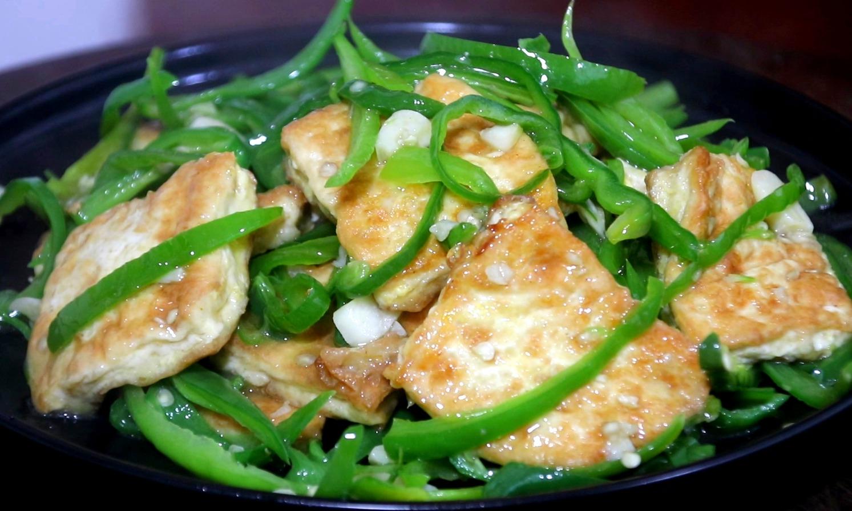 家常豆腐的传统做法,香嫩爽滑又入味,好吃下饭,家里人都爱吃