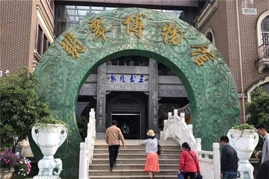 巨型翡翠原石:收藏馆的镇馆之宝 - 一统江山 - 一统江山的博客