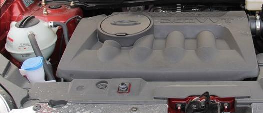 瑞虎5汽车发动机加水位置在哪里