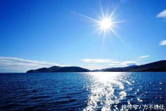 其实贝加尔湖就是我们以前的北海,现在位于俄罗斯东西伯利亚的南部.