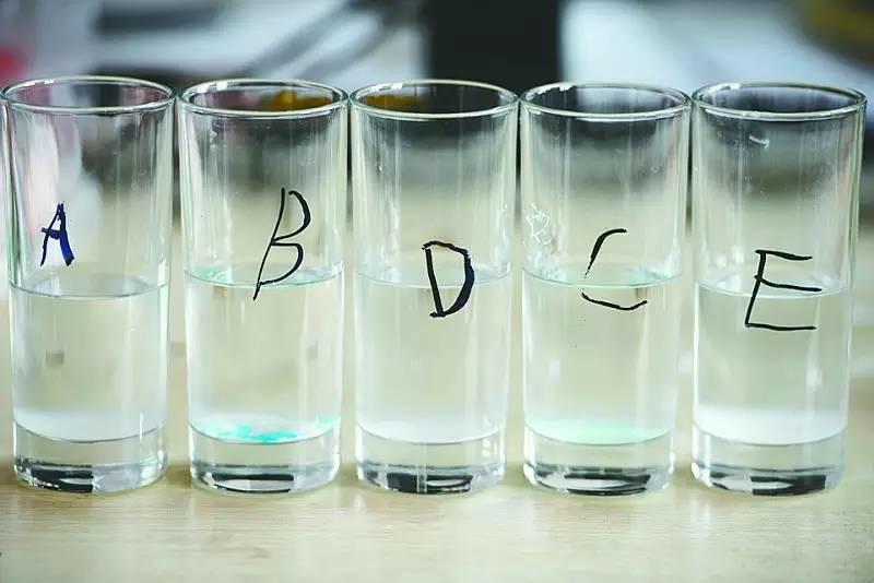 牙医最怕3种牙膏 含这7类成分的赶紧扔掉 - 秋高气爽 - 秋高气爽的博客
