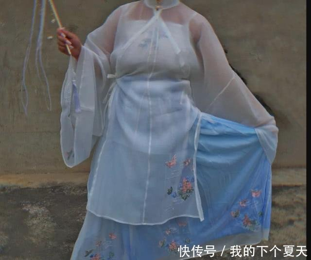 胖女孩不适合汉服,看到照片被惊艳到了,这是仙女姐姐插图(3)
