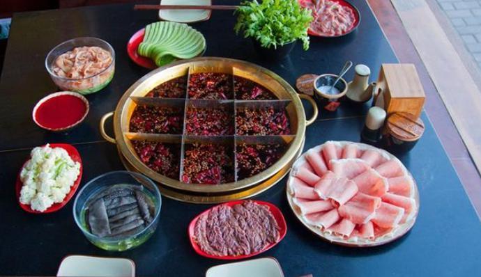 北方火锅和南方火锅有什么区别?你更爱哪一种?总有适合你的味!
