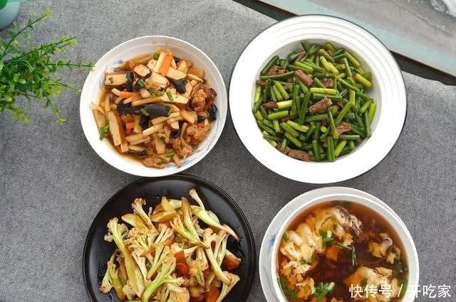 夏天晚餐吃什么?快手厨娘教你30分钟4个菜,鲜美清淡好吃