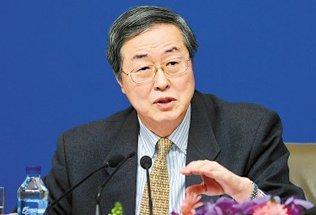 周小川:货币政策宽松已到周期尾部