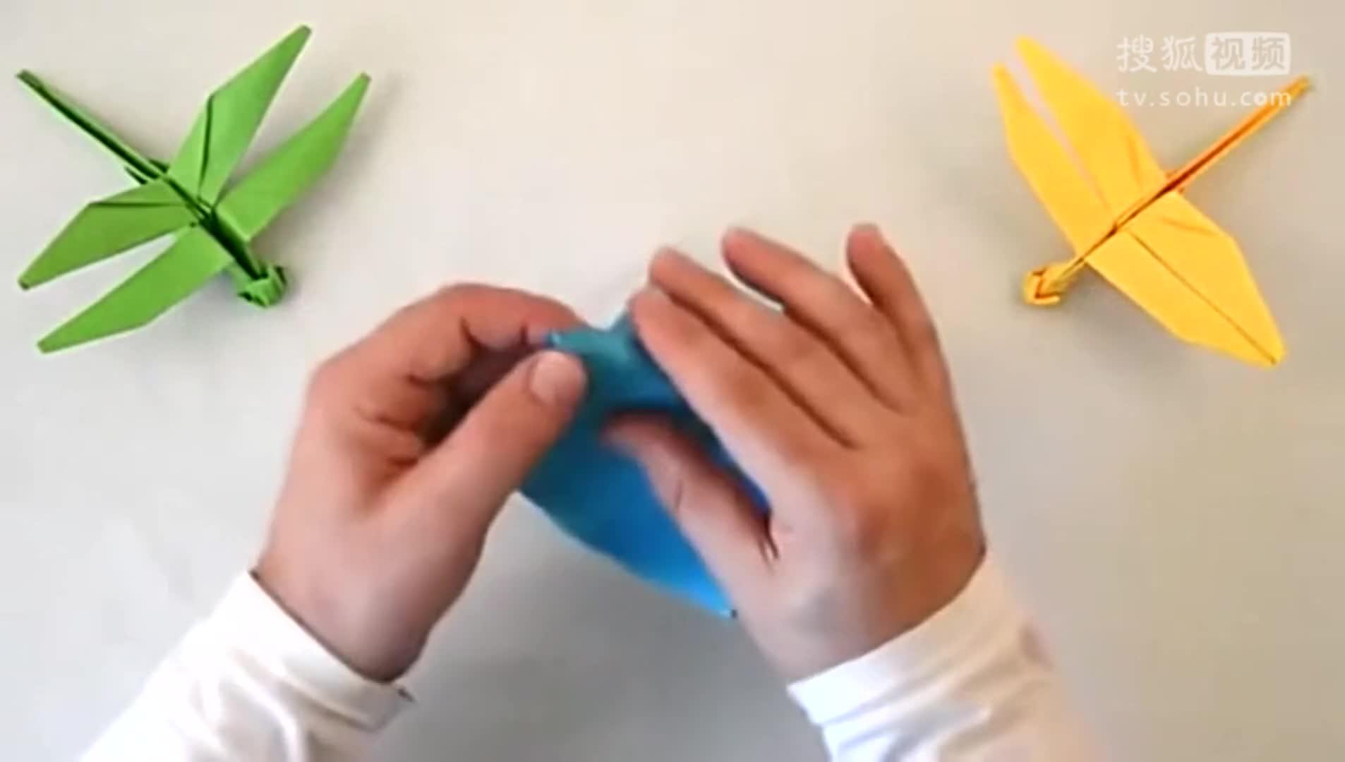折纸大全图解 纸蜻蜓的折法视频-社会综合热点视频-全球无敌八挂王