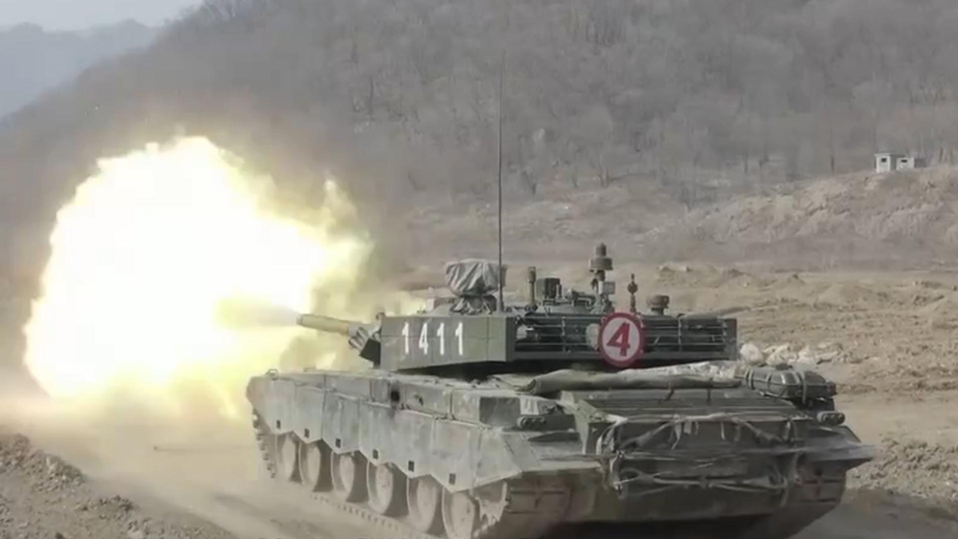 解放军最强99A坦克火力全开,第10秒,一关键设备首次曝光