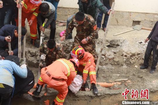 【转】北京时间     云南香格里拉一施工沟渠水泥挡墙倒塌 致1死3伤 - 妙康居士 - 妙康居士~晴樵雪读的博客