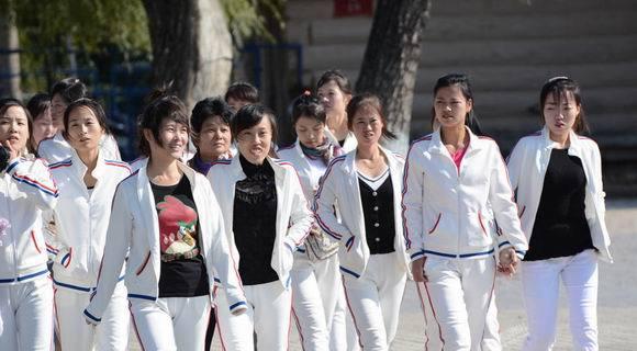 朝鲜女留学生与女工集体游吉林