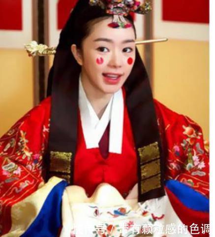 韩国有一种婚纱韩服,日本的叫和服,那中国的叫什么?