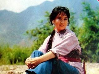 """她是当年的北影""""三枝花""""之一,与刘晓庆齐名,如今的书画大家"""